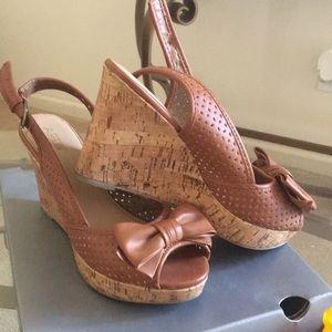 Apt 9 brown shoes